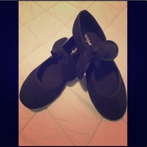 Cat & Jack black slip on shoes with bows